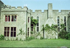 Allington Castle, Kent (Ron's travel site) Tags: flickrandroidapp:filter=none exactlocationunknown filmcamera olympusom10 om10 35mm circa1984 ronstravelsite wwwronsspotuk