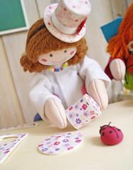 Monte a cartola... (Ateliê Bonifrati) Tags: tiara cute diy craft tutorial pap joaninha littlehat tecidos cartola passoapasso bonifrati façavocêmesmo hatfabric