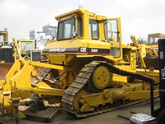 CAT D6H (Kitmondo.com) Tags: colour building industry yellow metal cat truck work photo big construction industrial factory technology tech image outdoor working large machine mining equipment caterpillar machinery infrastructure vehicle labour kit heavy plough scoop heavymachinery construct heavyduty