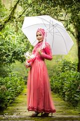 Amyra 4 (sony_sm) Tags: nature indonesia hijab arboretum malang mpmf strobist