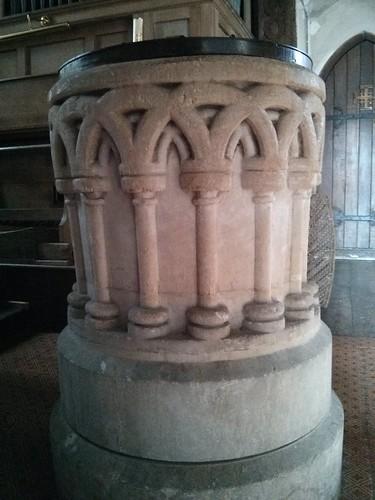 12 Century Font St Laurence, Tidmarsh