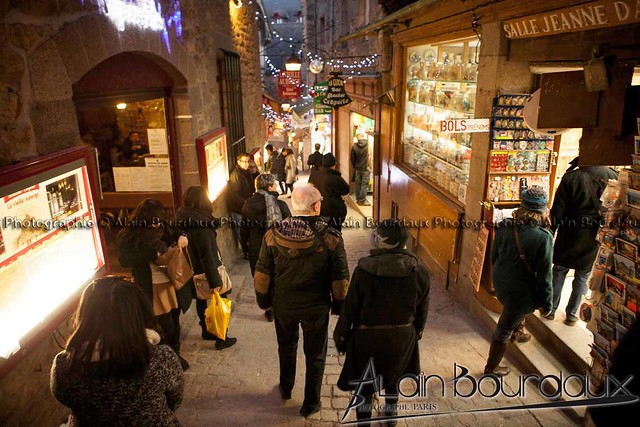 Dans les rue du Mont St Michel