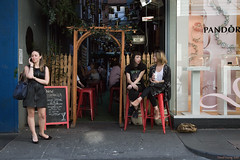 Conversations (Ranga 1) Tags: city girls urban bar canon candid australian streetphotography australia melbourne streetscene victoria conversations cinematic davidyoung ef24105mmf4lusm canoneos5dmarkiii