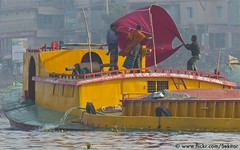 Colourful sand transport on Buriganga river, Old Dhaka (Sekitar) Tags: old city people river town capital dhaka bangladesh embankment sadarghat buriganga megacity bangladesch