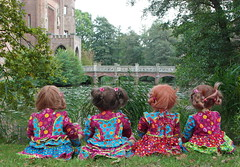 Die andere Seite der Kindergartenkinder ... (Kindergartenkinder) Tags: dolls schloss annette moyland tivi milina himstedt annemoni kindergartenkinder sanrike