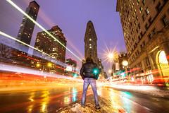 FAST (Rober1000x) Tags: longexposure winter usa snow ny newyork architecture night buildings bigapple eeuu granmanzana