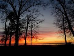 Happy Saturday! (shawnzrossi) Tags: sunset mississippi brandon rossbarnettreservoir