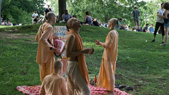 monks (louisleroy) Tags: tamtam montreal canada quebec outside grass chanty monk religious a6000 sony prey orange green