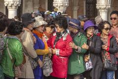 VENEZIA. PIAZZA SAN MARCO. (FRANCO600D) Tags: venice people canon gente sigma turismo venecia venezia venedig cina turisti cinesi veneto eos600d franco600d