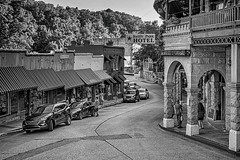 Eureka Springs BW (brev99) Tags: d7100 sigma1770os eurekasprings building blackandwhite buildings street cityscape hotel cars hdrefexpro perfecteffects10 ononesoftware