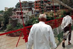 [lakshman jhula 2] (tyronerodovalho1) Tags: india indian bridge rishikeshi uttarakhand ganges river travel life peoople