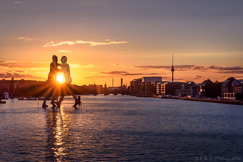 Molecule Man, Berlin