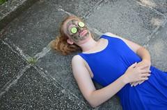Esmaspev (anuwintschalek) Tags: nikond7000 d7k 18140vr austria niedersterreich wienerneustadt kodu home aed garden garten lapsed wanda mask nomask suvi sommer summer august sinine blue blau 2016