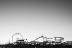 The Pier, Santa Monica (Geraint Rowland Photography) Tags: blancoynegro minimalism travelphotography visitcalifornia geraintrowlandphotography bw blackandwhite santamonica california unitesstatesofamerica artisticphotographybygeraintrowland funfair seaside beach pieratsantamonica canon50mm