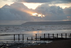 Taking a DeLIGHT in Dusk Descending on the Beach at Bexhill-on-Sea (antonychammond) Tags: beach dusk sea groynes clouds light bexhillonsea eastsussex england contactgroups scenicsnotjustlandscapes saariysqualitypictures