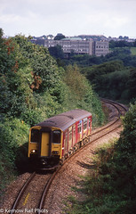 Wales & West Catches The Sun (Kernow Rail Phots) Tags: kernow cornwall 158 waleswest wales west truro falmouth falmouthdocks sunday 2882005 august summer sun lowwalls 1209 sunlight rail railway scenic class150 150266 2005 penwethers dmu trains