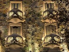 Gaudi - Casa Batll, Barcelona, Spain (Joao Eduardo Figueiredo) Tags: barcelona roof espaa building art rooftop architecture design casa spain nikon modernism catalonia architect artnouveau gaudi gaud catalunya nouveau chimneys catalua casabatll modernisme batll antonigaud passeigdegrcia joaofigueiredo nikond800e joaoeduardofigueiredo