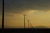 ritmo (betho itinerante) Tags: color postes contraluz atardecer paisaje cables cielo nubes parvada horizonte