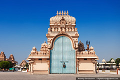 Chhatarpur Temple (digitalcrop) Tags: world new old sculpture india detail building art heritage history architecture outdoors temple shrine asia day exterior place no delhi indian capital religion group cities culture landmark carving structure architectural unesco holy shiva hindu hinduism jain mandir shakti pradesh khajuraho shri madhya jainism chattarpur chatarpur peeth adhya chhatarpur katyani