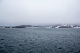 Entering Whalers Bay IMG_2214