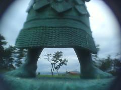 Yokozuna's lower body (-ICHIRO) Tags: street snap yashica ez f525 toy camera wide lens