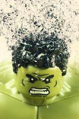 Hulk turns into dust (bs1ffm) Tags: lego legography toys toyphotography tabletopphotography ttl toyfotographie toy brick brickography miniaturen makro minifigures minifigs marvel spielzeug superheros