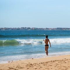 Cold Water (migajiro) Tags: summer beach sony playa verano alpha ribeira migajiro sal135f18z ltytr1