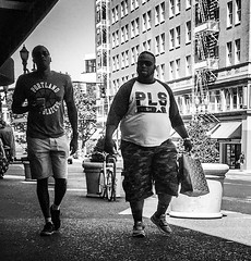 Friends About Town (TMimages PDX) Tags: iphoneography photography image photo photograph streetscene fineartphotography geotagged people urban city street streetphotography portland pacificnorthwest sidewalk pedestrians buildings avenue road blackandwhite monochrome vignette