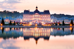 Candle lights on Chateau de Vaux-le-Vicomte (Loc Lagarde) Tags: canoneos5dmarkiii