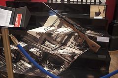 Indalecio Prieto (Jusotil_1943) Tags: exposiciones exposures armas fusil