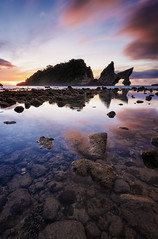 Sunrise in Atuh [Explored] (eggysayoga) Tags: nikon d810 1635mm f4 wide ultra angle lens lee 09 hard graduated nd gnd filter atuh beach pantai nusa penida island bali indonesia asia sunrise cloud sun sea seascape landscape seaside shore ocean portscape rock reflection