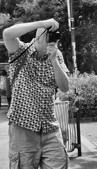DSCF1625 copie (sergedignazio) Tags: france paris street photography photographie rue fuji x100s homme photographe