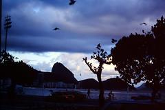 2003-03-24 Rio de Janeiro 30 (MicdeF) Tags: brasile brazil dia diapositiva riodejaneiro scan scansione slide urca geo:lat=2295437800 geo:lon=4316758810 geotagged