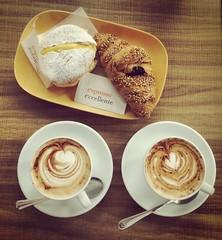 Saturday Morning (Cristina Birri) Tags: colazione breakfast cornetti cappuccino tazze palmanova vassoio tavolo cucchiaini