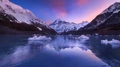 Hooked on Ice (2.0) (Dylan Toh) Tags: aoraki aotearoa dawn everlook hookerlake hookervalley ice landscape mountcook nationalpark newzealand photography southisland