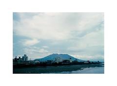 18 (LightWithoutHeat) Tags:  sakurajima   film japon japan nikonf5 135 c41 filmisnotdead analog argentique filmphotography imacon grainisgood fujicolorc200  kagoshima