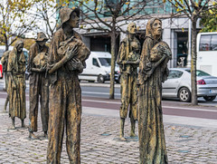 FAMINE MEMORIAL AT CUSTOM HOUSE QUAY IN DUBLIN [ARTIST - ROWAN GILLESPIE]-122182 (infomatique) Tags: famine greathunger faminememorial customhousequay northwall dublin ireland infomatique williammurphy rowangillespie