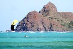 Kailua Bay kitesurfer (EricJ777) Tags: ocean kite beach island hawaii bay oahu surfing kitesurfing kailua mokes kitesurfer mokuluaislands mokulua windwardoahu