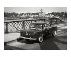 Vehicle Collection (5114) - Vanguard (Steve Given) Tags: india car kids automobile tourists 1950s vanguard familycar socialhistory motorvehicle