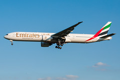 A6-EGK - Emirates - Boeing 777-300 (5B-DUS) Tags: airport emirates international boeing flughafen dusseldorf dsseldorf 777 dus b777 777300 eddl b773 a6egk