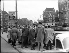 10-26-1949_06730 Rondvaart (IISG) Tags: male men amsterdam reclame publicity rondvaart hismastersvoice airfrance mannen toerisme rondvaartboot advertissement luchtvaart benvanmeerendonk