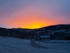 Vintersolnedgang. (2BB1 Media) Tags: winter sunset cold vinter solnedgang budal hyllstubakken bogystuen
