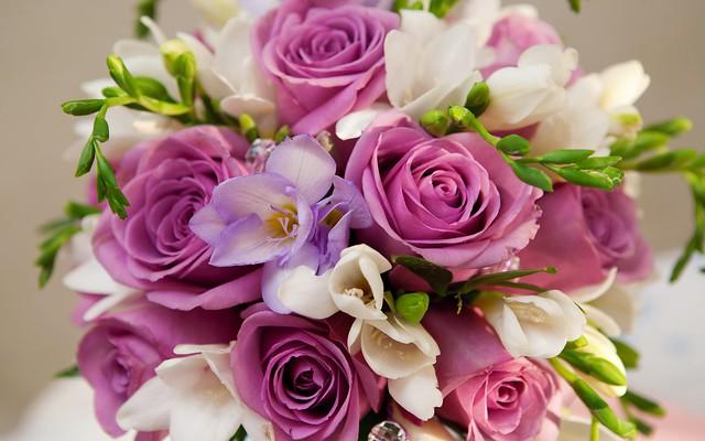 beautiful-purple-white-flowers-bouquet