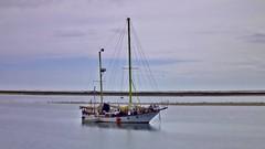 Boat in Ria Formosa (A. Pancinha) Tags: pancinha riaformosa boat barco wallpaper
