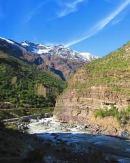 Rio Maipo,cordillera andes,Chile (Gabriel mdp) Tags: paisaje nature contrastes nieve cielos rio agua cajon maipo region metropolitana chile montaas