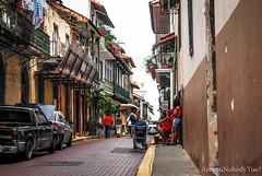 Gente (Are you Nobody too?) Tags: ciudaddepanama panama gente people personas barrio vecindario calles calle