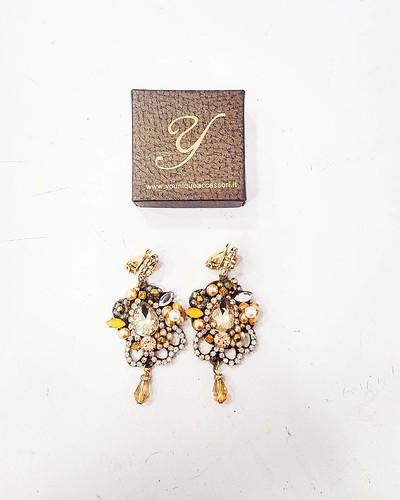#gold & #bronze #earrings #swarovsky #pelle #personalizza #lettera #instagood #furry #younique #accessori #personalizzati #madeinitaly #handmade #collane #bracciali #spille #orecchini #earrings #swarovsky #pelle #personalizza #lettera #instagood #furry #g