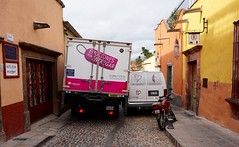 Delivery truck in San Miguel (chaiwalla) Tags: mexico sanmigueldeallende street