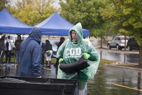 Rainy Weather Doesn't Dampen Spirit at College of DuPage Homecoming 2016 1