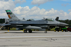 USAF 89-2098 (Ohio ANG) (Steelhead 2010) Tags: usaf 892098 usairforce ohioang generaldynamicvs f16 f16c fightingfalcon yxu
